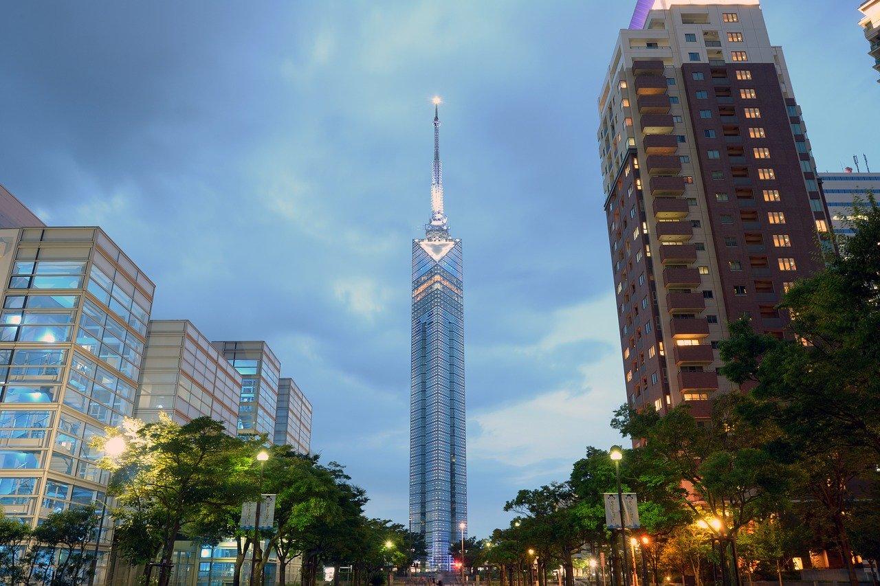 福岡県の看護師におすすめの転職サイト3選。平均年収を把握しよう。